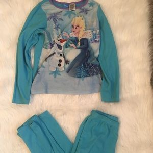 Other - 🤑$8 FINAL PRICE🤑 Frozen pj set size 10-12